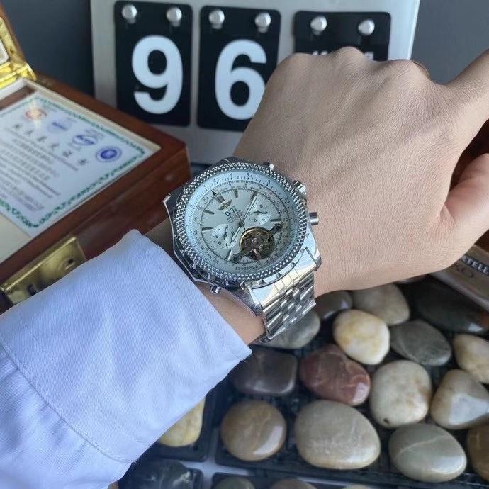 Breitling(百年靈)精品男士腕錶 多功能機械手錶 五針大飛輪 腕錶 男士手錶 全自動機械手錶