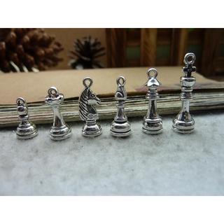 【合金配件/ 銅配】古銀色  國際象棋 兵車象馬王后 8x21mm  項鏈吊墜 飾品配件 p9k4