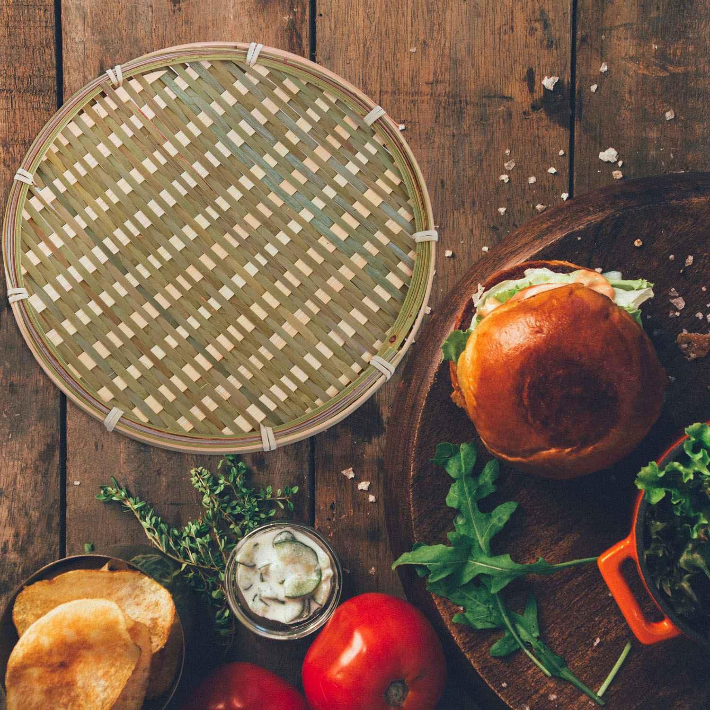 ★『低價』竹製圓形水果盤手工收納盤手工編織麵包籃食品水果籃酒店飯店餐盤直徑22cm