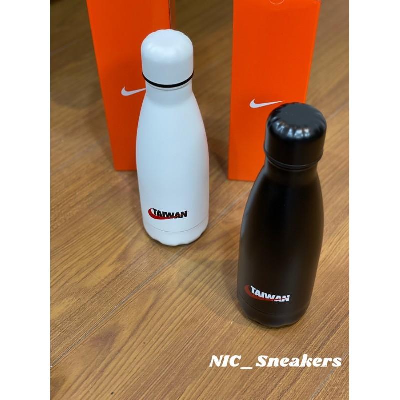✤ NIC_Sneakers ✤ Nike Therom Bottle Taiwan黑色白色 台北限定 不鏽鋼水壺