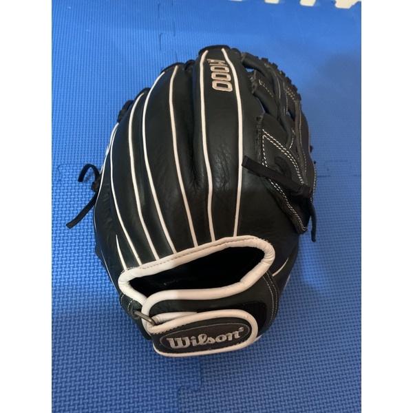 Wilson棒壘球手套A1000