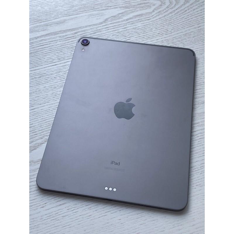 女用二手iPad Pro出售 2019年製 11吋64G WiFi版 含Smart鍵盤