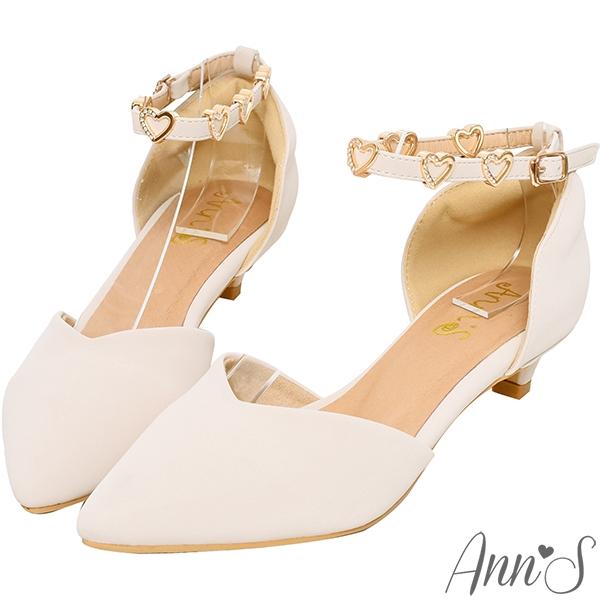 Ann'S愛心光波-甜美愛心鑽性感繫帶低跟尖頭鞋3cm-杏