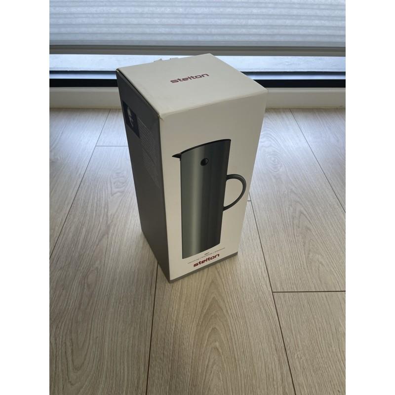 Stelton Vacuum Jug 1.0L Soft 啄木鳥 真空保溫壺 灰色(全新,只有拿出來沖水清洗過一次)