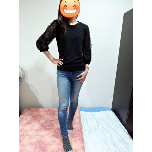 女生長袖上衣-Jie韓國直播購物~小荷葉蕾絲透膚彈性布衣~
