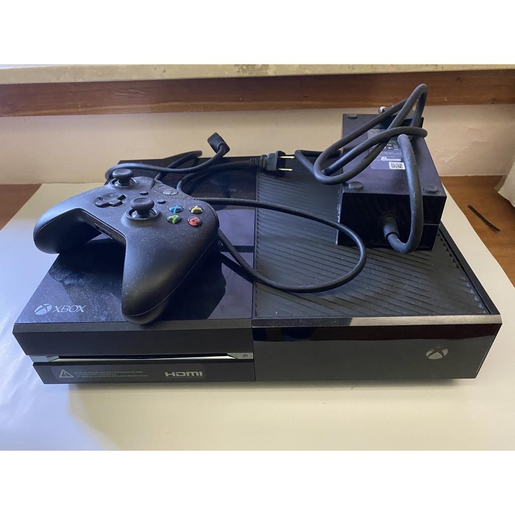 (二手)XBOX ONE 主機含一隻無線手把+原盒