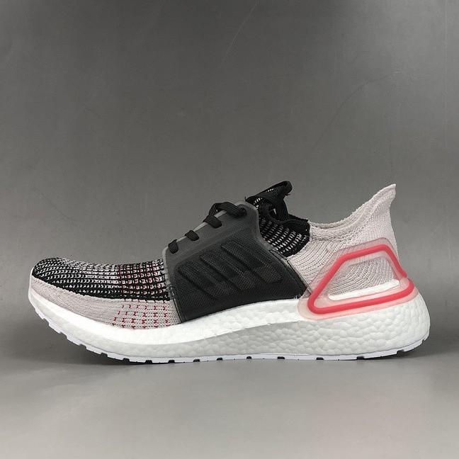 Adidas 愛迪達 男鞋 2019新款 Ultra BOOST UB 19 男子跑步鞋 休閑鞋運動鞋慢跑鞋F35238