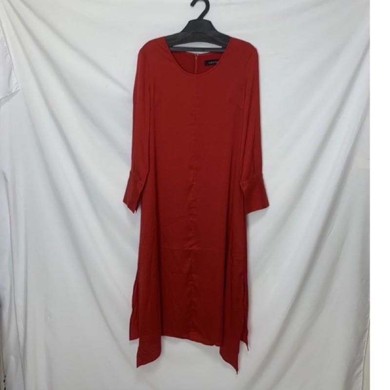 亞米Larv'va  紅色洋裝