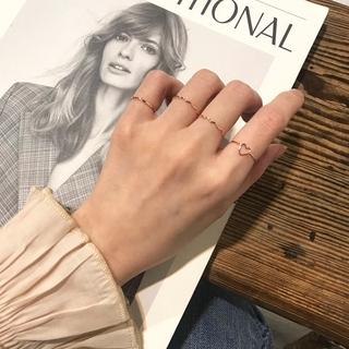Bene 戒指套裝 4 件套簡約韓國時尚心形戒指女女孩時尚珠寶禮物金色薄戒指 Cincin
