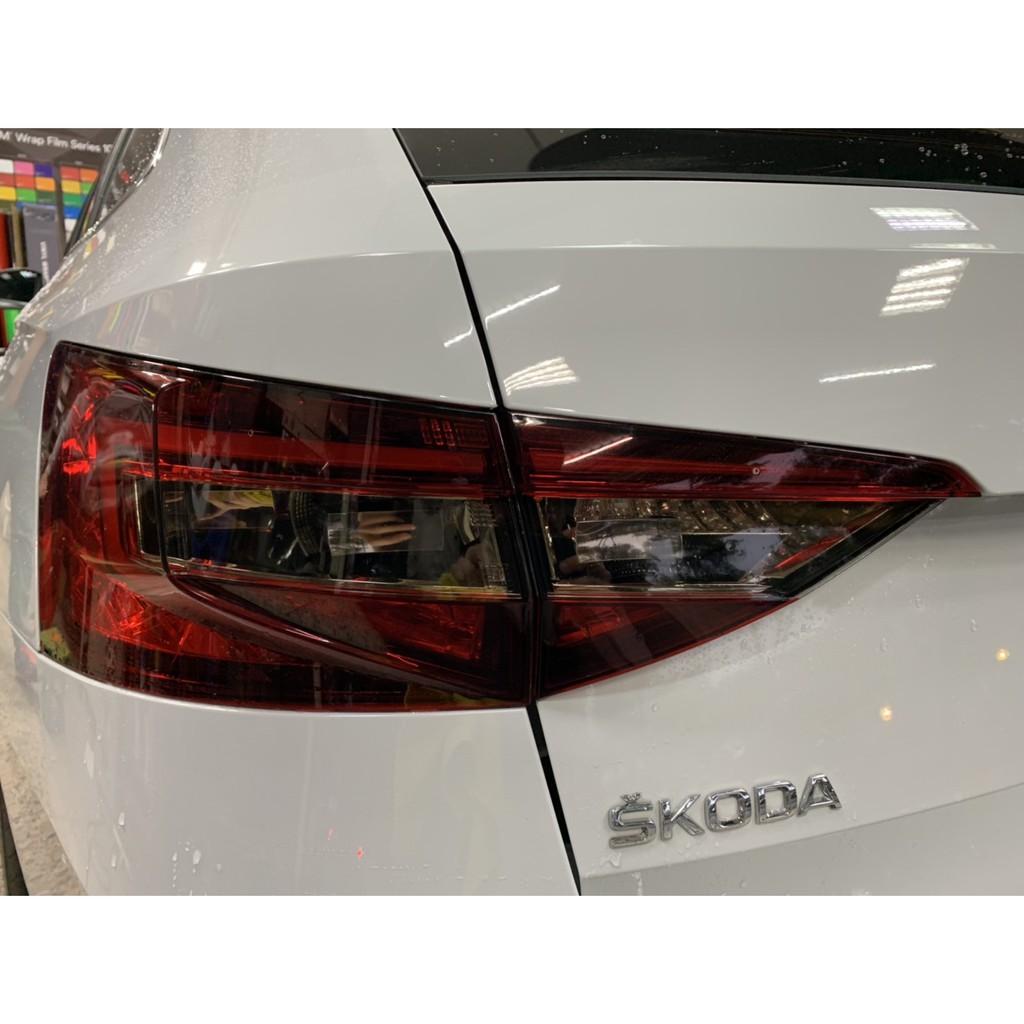 【凱威車藝】Skoda superb 尾燈 局部 燻黑 燈膜 改色 DIY Wagon 一般房車