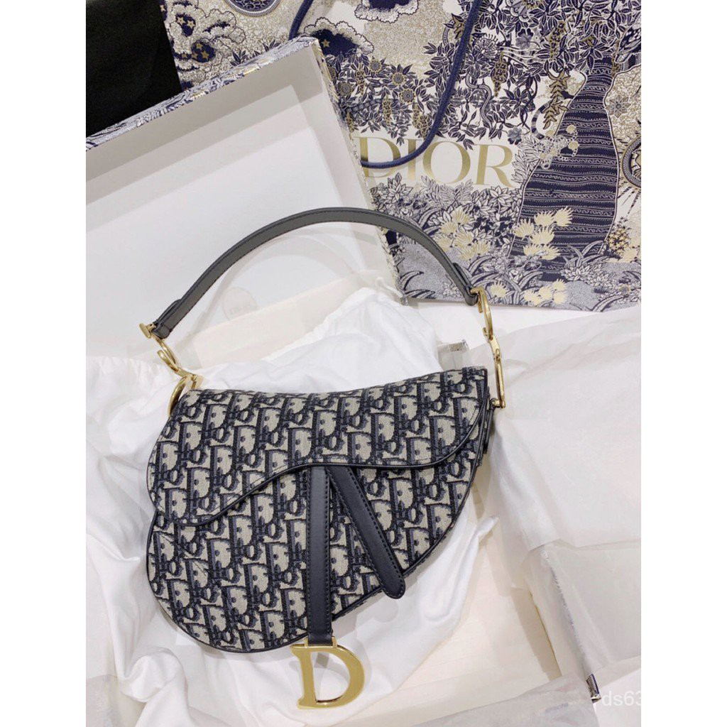 【海外正品代購】全新品 Dior Oblique 復古緹花Logo帆布 Saddle 馬鞍包 rD9a
