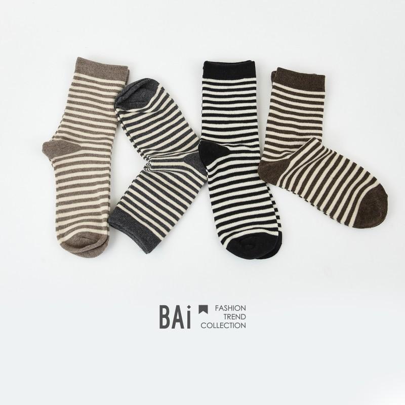 BAI e-shop 沉穩大地色系橫條紋堆堆中筒襪-【306235】