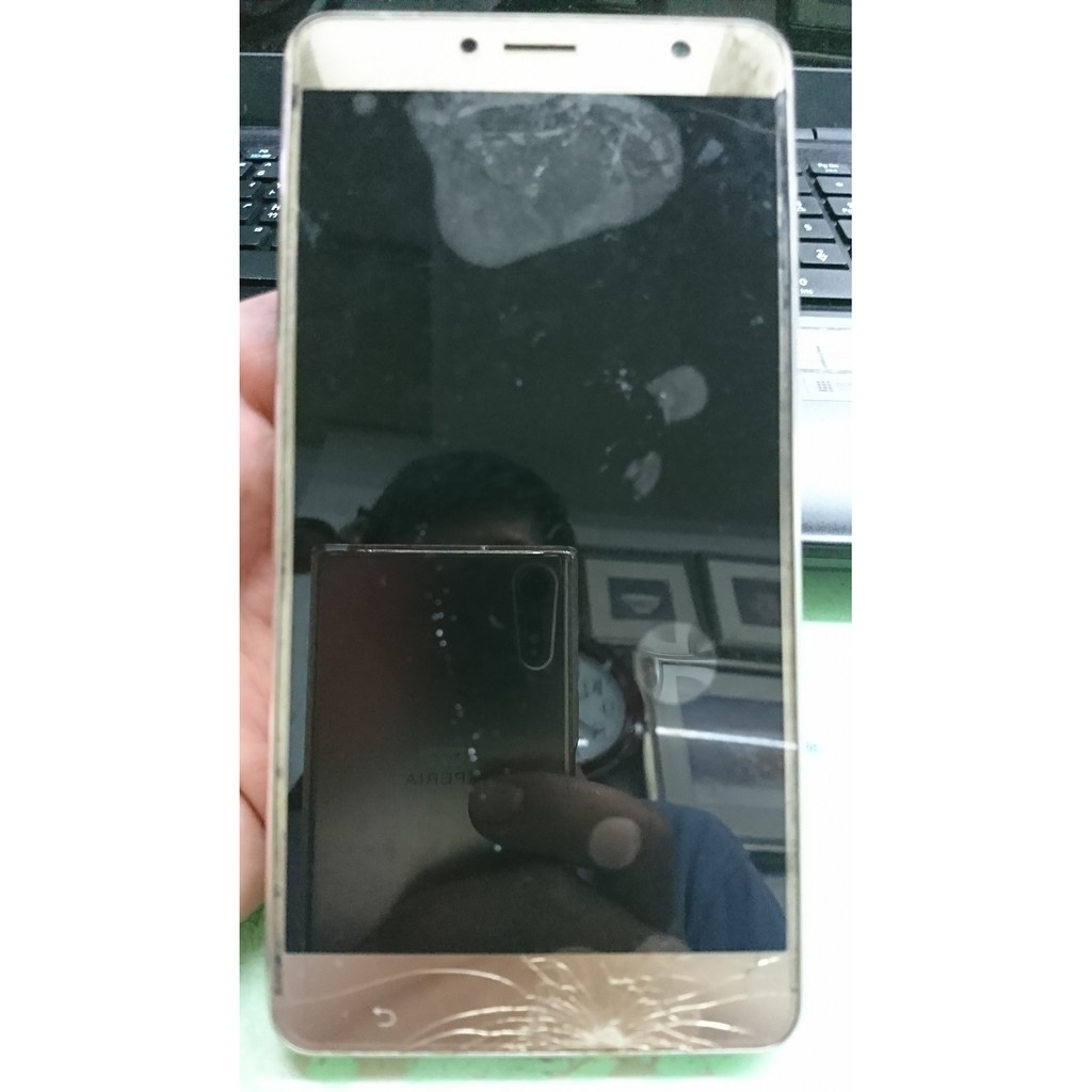 ASUS ZenFone 3 Deluxe 故障 零件機