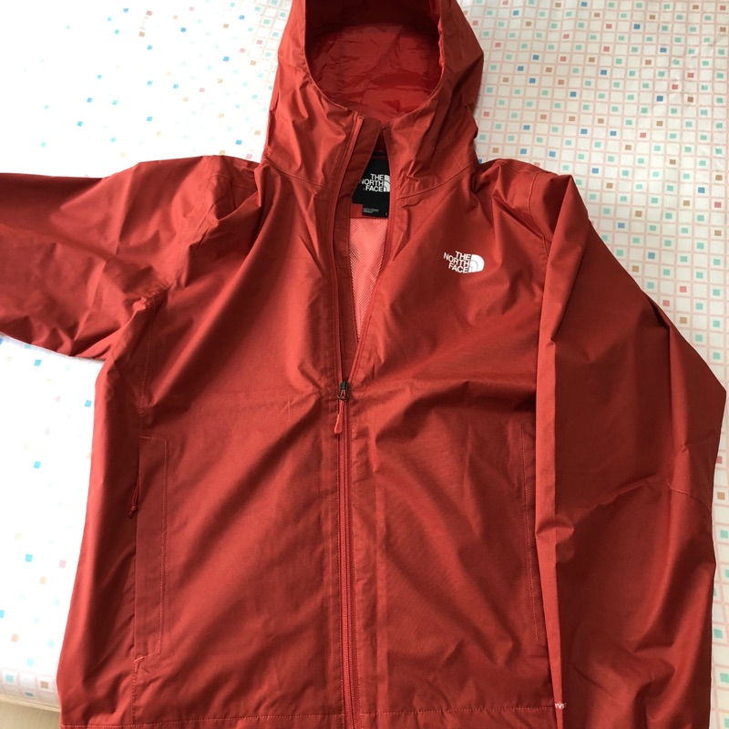 The north face M quest jacket 紅