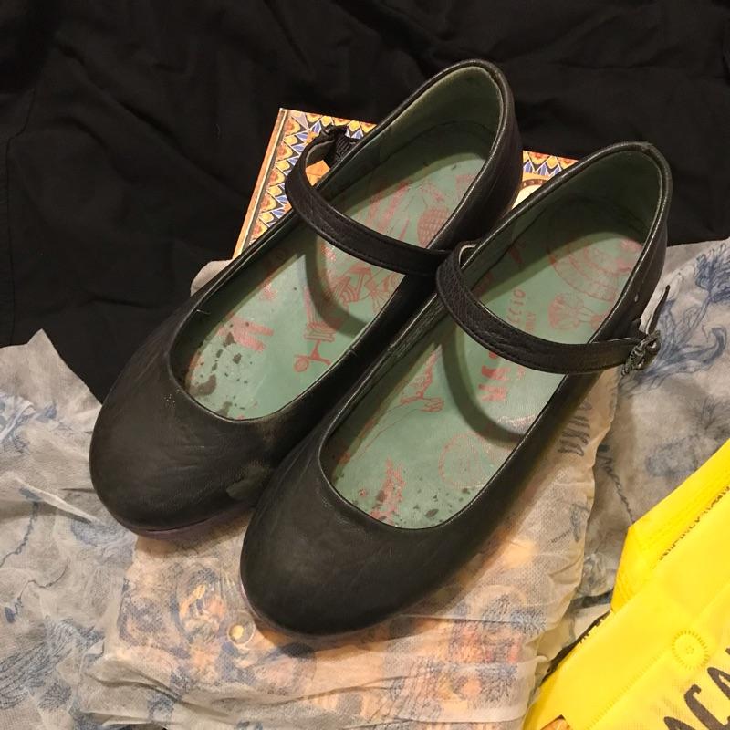 Macanna 娃娃鞋 黑