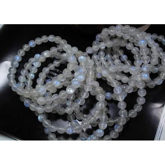 月光石手珠 斯里蘭卡4A級奶油體強藍光天然月光石6-10MM圓珠單圈手鏈 晶體藍光好 時尚百搭精品 開運飾品 MN257
