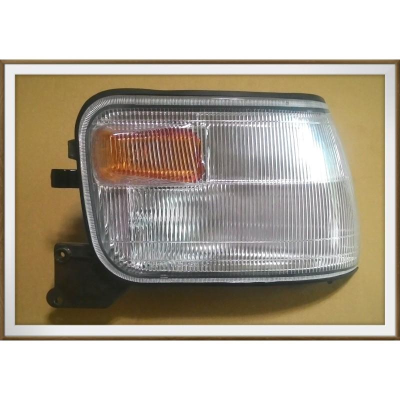 【帝益汽材】中華 三菱 DELICA 得利卡 99~07年 角燈、方向燈  ※附線組另有賣車窗升降機、大燈下飾條、晴雨窗