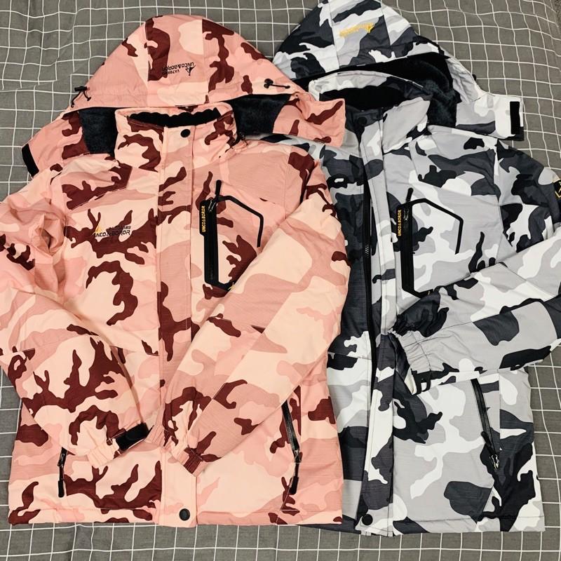 【魚屋心窩】 One Boy 摩登標悍防潑水機能禦寒衝鋒衣/9成新/正版/衝鋒外套