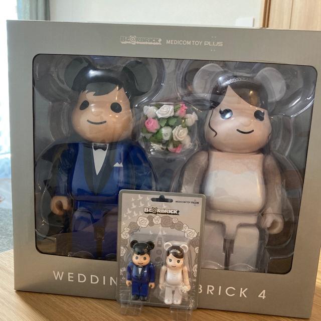 全新現貨未拆正品 BE@RBRICK BEARBRICK 400% グリーティング結婚 4 PLUS