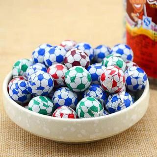 哈哈球一顆 宏亞 七七 77 哈哈球代可可脂巧克力 足球造型巧克力 巧克力球 古早味 復古 糖果 零食 喜 桃園市