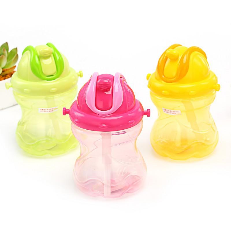 60ml嬰兒葫蘆型小水壺 嬰兒學飲杯帶背帶 訓練水壺【IU貝嬰屋】