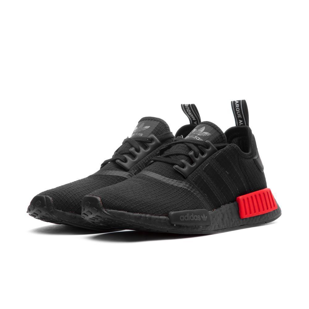 brand new 14e6d 78f8c ADIDAS ORIGINALS NMD R1 BOOST 全黑 紅方塊 B37618 男鞋