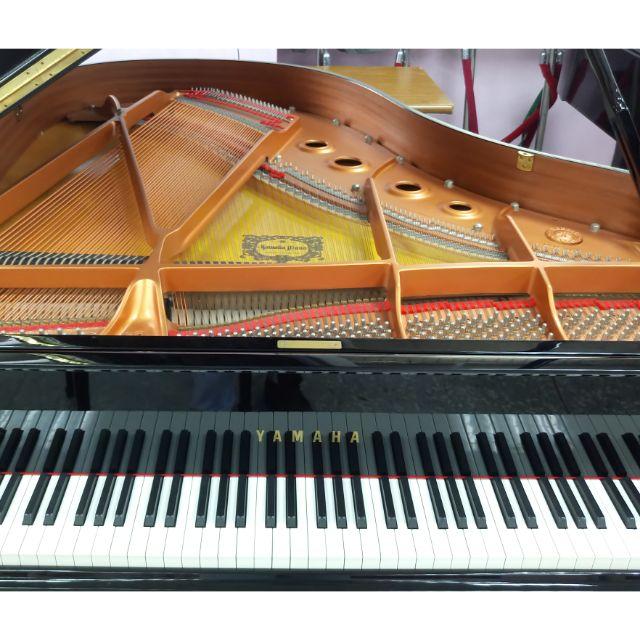 Yamaha C2 山葉 三腳鋼琴 平台鋼琴 不到10年  搬家出售 僅一台