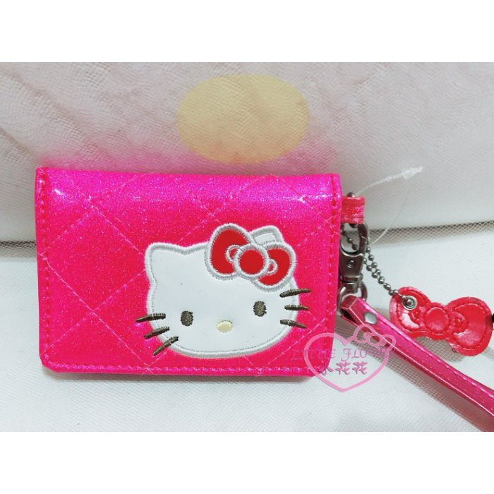 ♥小公主日本精品♥Hello Kitty閃亮菱格紋漆皮經典大臉多功能卡夾鑰匙包悠遊卡附套繩亮粉色58805305