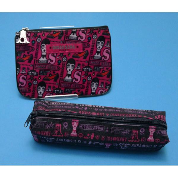 【Anna Sui 正品】👑安娜蘇DOLLY GIRL二件組.防水拉鍊零錢包+不織布長型收納包*紫黑