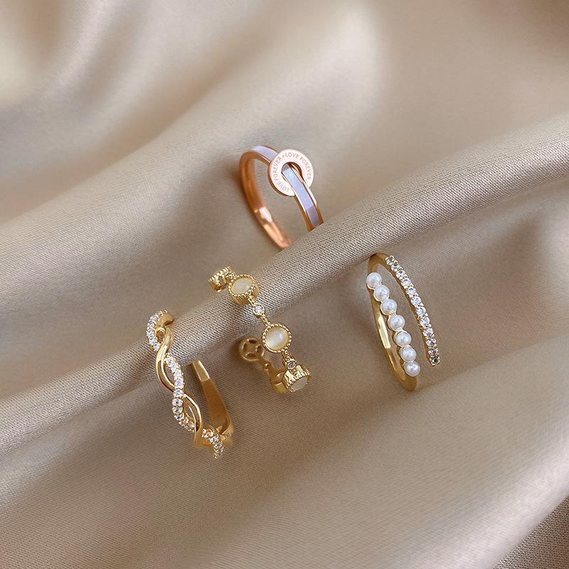 【叮當貓的寶貝】網紅時尚戒指女麻花蝴蝶珍珠指環ins冷淡風小眾設計誇張個性素圈