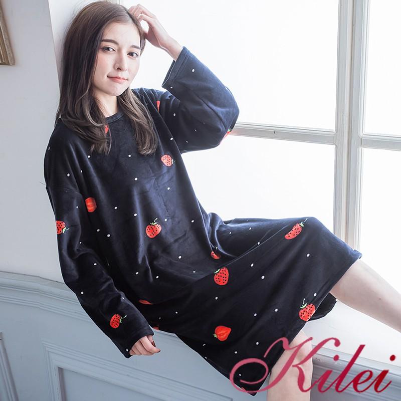 【Kilei】冬季落肩款圓領圖樣草莓點點海島絨長袖連身睡衣裙XA4304-01(潮流黑色)全尺碼