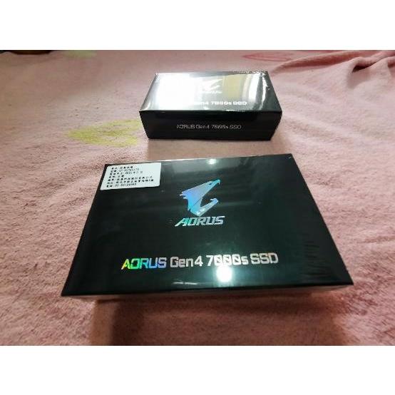 全新未拆 GIGABYTE 技嘉 AORUS NVMe Gen4 7000S 1TB 含散熱片SSD固態硬碟
