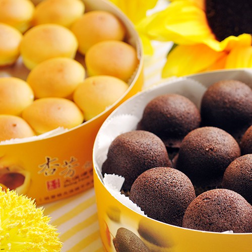 【大溪杏芳食品】原味布朗尼2盒(12入/盒)+原味乳酪球2盒(32入/盒)(含運)