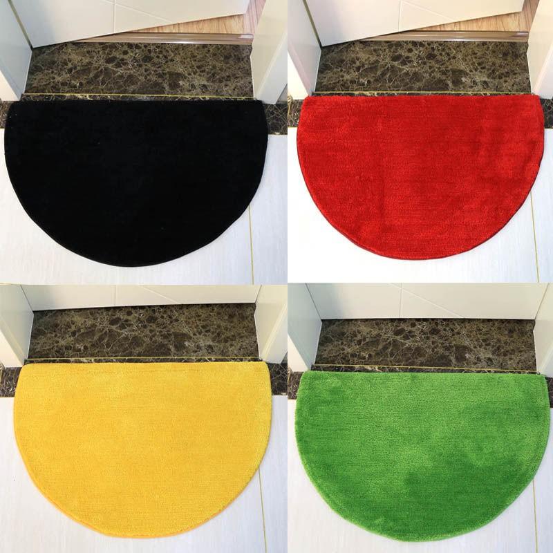 現貨🐧金黃色半圓形門口進門地墊黑色地毯衛生間扇形淋浴房紅色腳墊綠色 北歐風/臥室地毯/床邊墊/防滑/加厚進門門墊脚墊