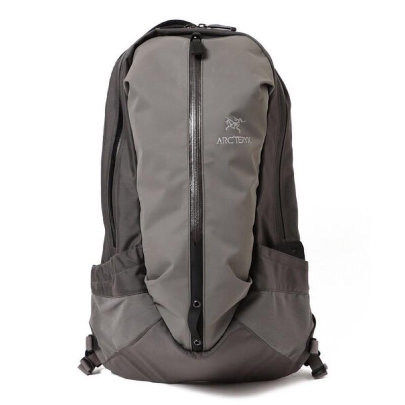 {XENO}日本正品ARC'TERYX & BEAMS Arro 22 Backpack 後背包  多層  登山包
