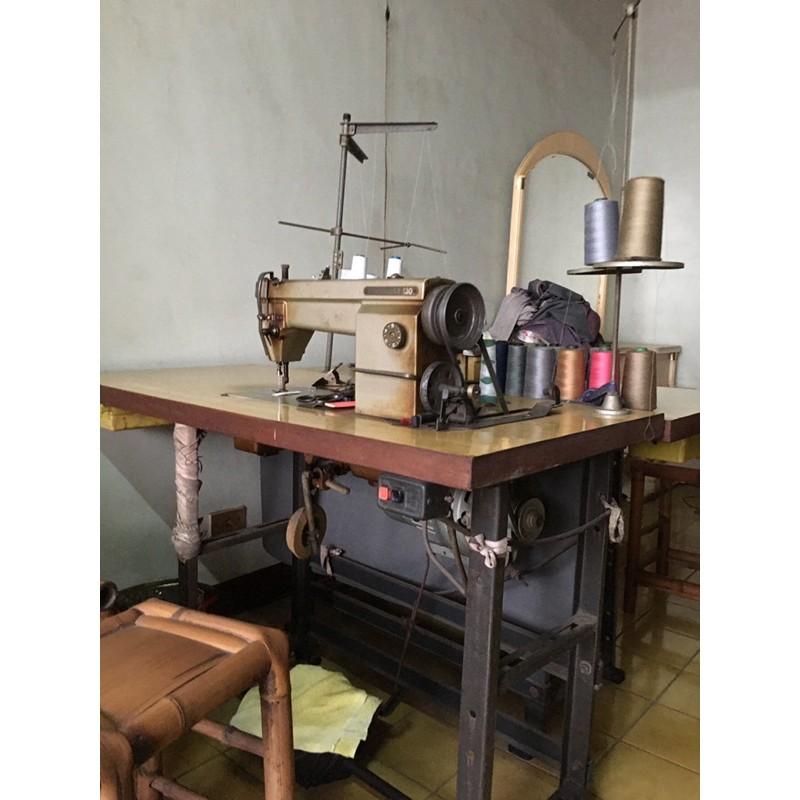 二手古老裁縫機、縫紉機(4線烤克、平車)