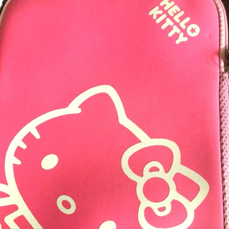 [3C] Hello kitty小筆電包