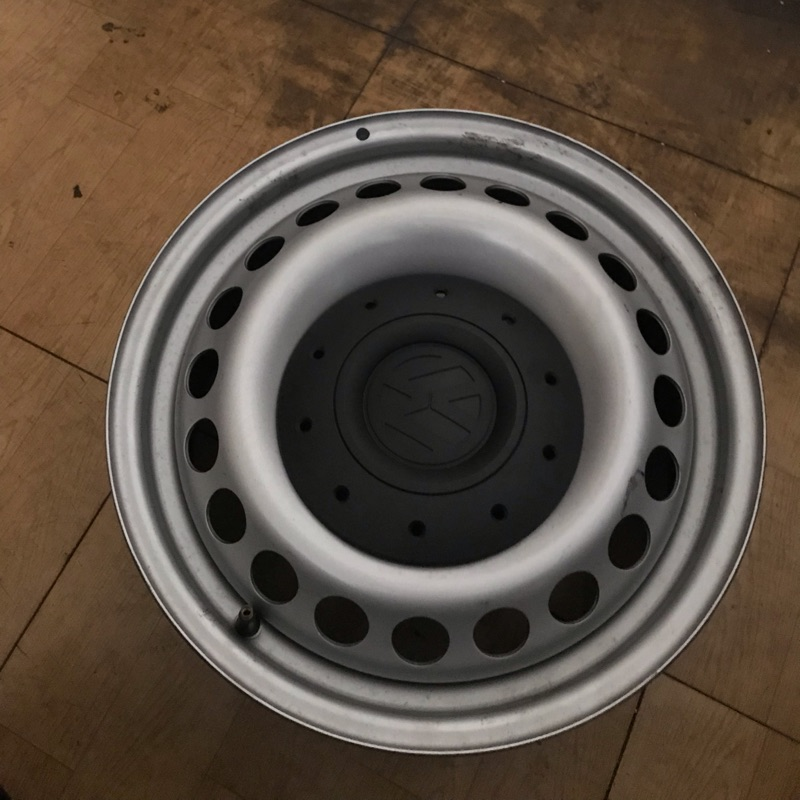 福斯 T5原廠16吋鐵圈 VW