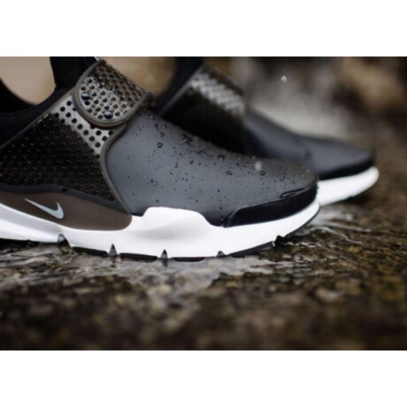 🎀SISU正韓代購🎀 Nike Sock Dart SE 黑白 防水 襪套 911404-001