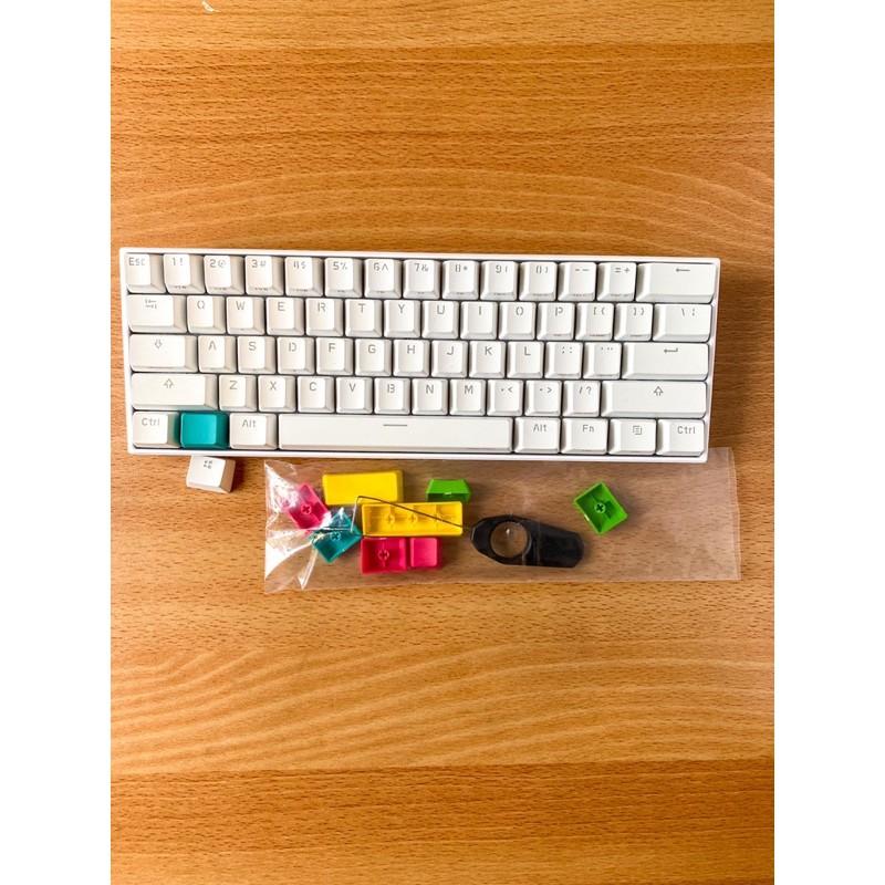 Anne Pro 2 Gateron red 佳達隆紅軸 安妮 機械鍵盤 雙模 藍芽 RGB 60%鍵位