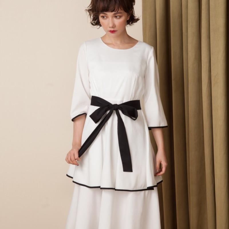 《marjorie》雙層裙襬船領綁帶洋裝