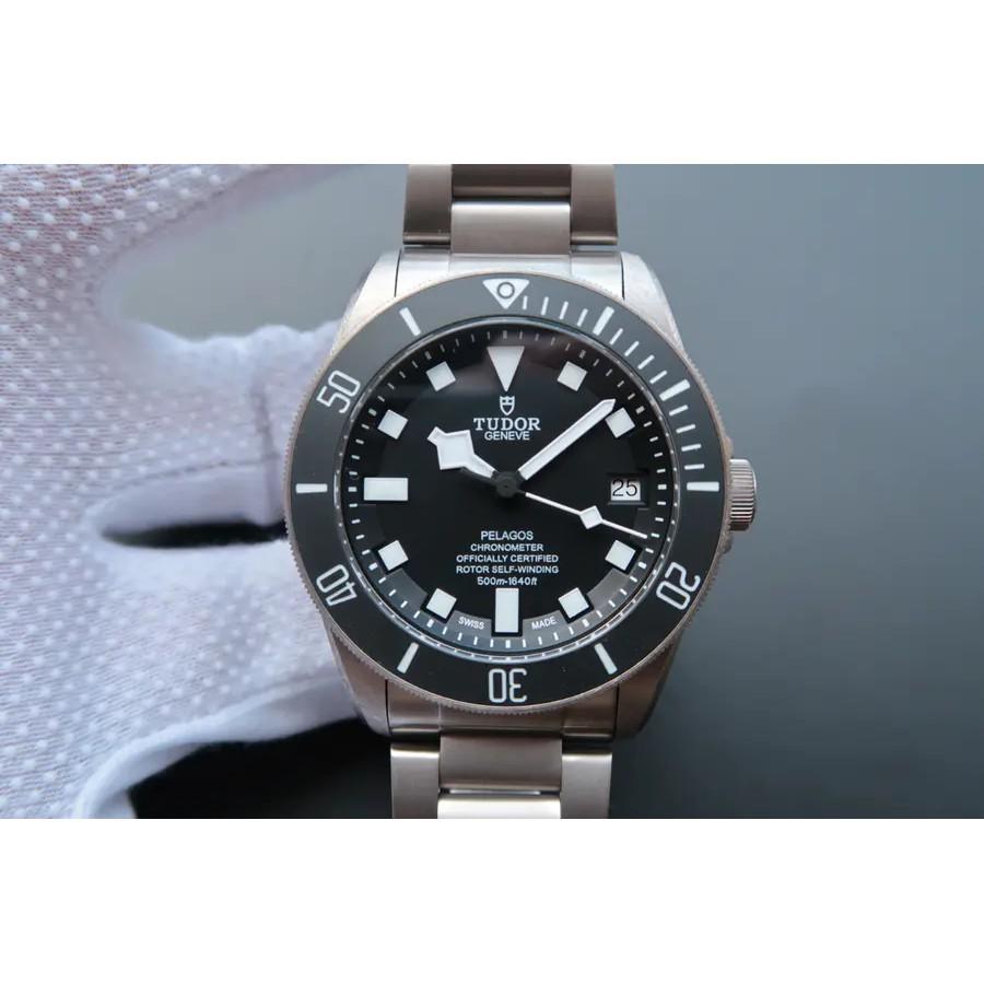 TUDOR帝舵戰斧25600TN鈦金屬表帶 腕表 機械男表 商務腕錶