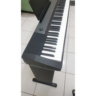 很新的CASIO CDP-120新系統數位電鋼琴‧標準88鍵‧便宜出售‧也歡迎交換樂器