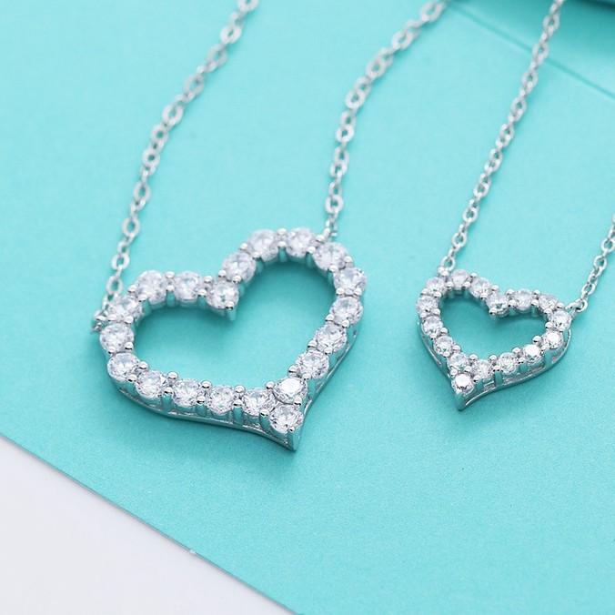 Tiffany & Co. 蒂芙尼 S925純銀 項鏈 鑽石項鍊 愛心項鏈 心形鑽石 心型鏤空寶石項鏈 節日禮物