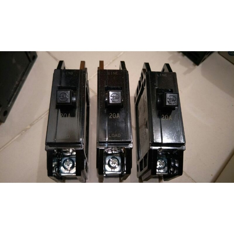 士林電機1P無熔絲開關 無熔線斷路器 過載保護裝置 A203個80元