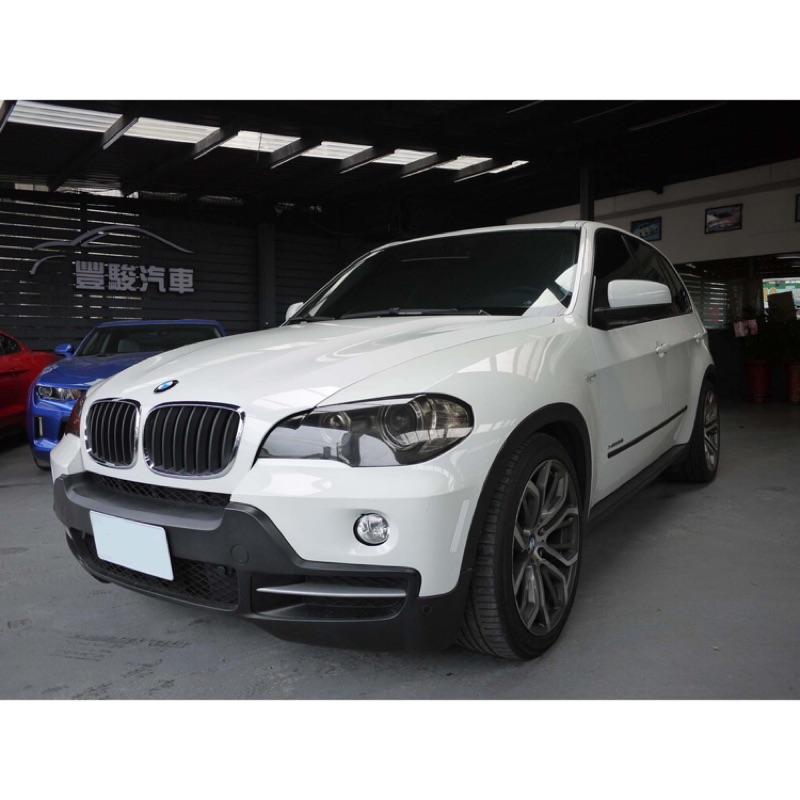 2010出廠 BMW X5 30i 市場稀有原廠七人座 個性帥爸最狂選擇 車況極新 全景天窗 大螢幕 大腳20吋跑胎