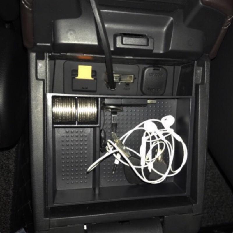 【現貨實拍】新Mazda 3/新馬3/中央扶手置物盒/零錢盒/儲物盒/置物盒/三代馬3/馬三/魂動/馬自達3/Mazda