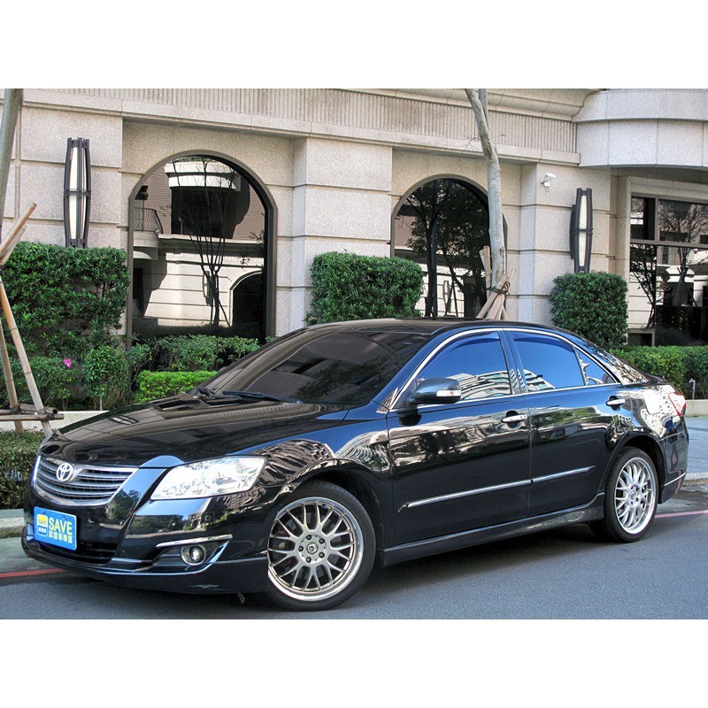 哈瑞斯底盤  kyb藍桶壁震 camry 車內氣氛飾條燈 大包 雙出尾管 精品鋁圈卡鉗