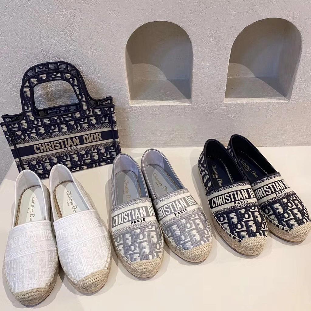 Dior CD 漁夫鞋/半拖/涼鞋,經典花紋搭配漁夫真的很好,小白鞋最百搭