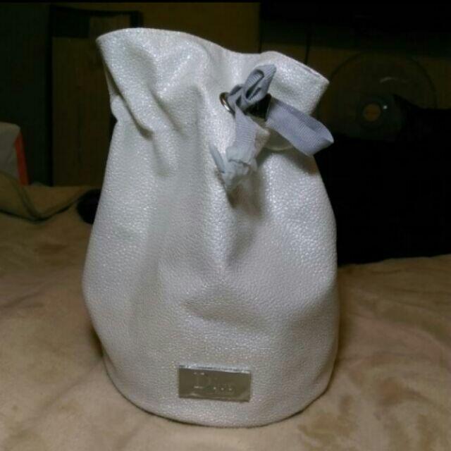 全新Dior化妝包(水桶包)